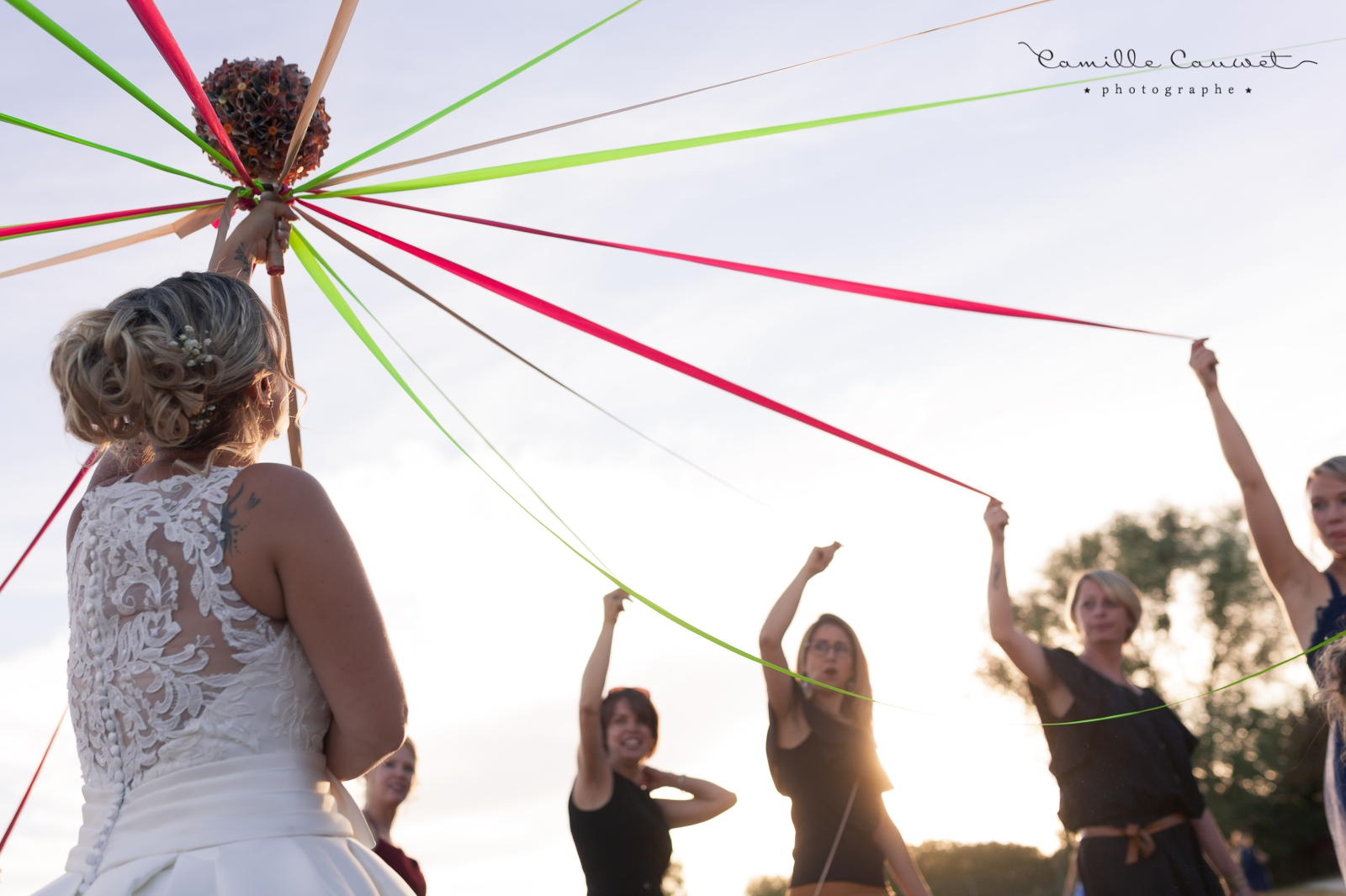 mariée bouquet jeu du ruban