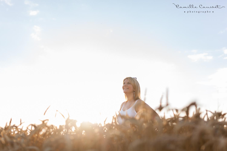 photo femme blé 77