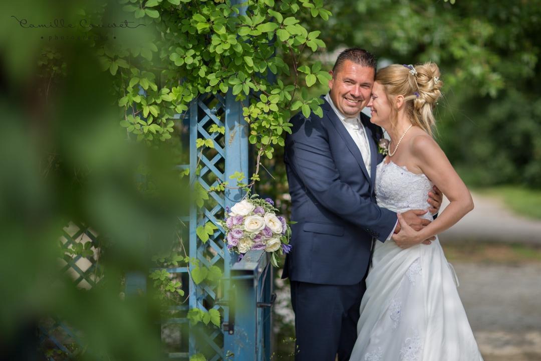 couple mariés amour chateau