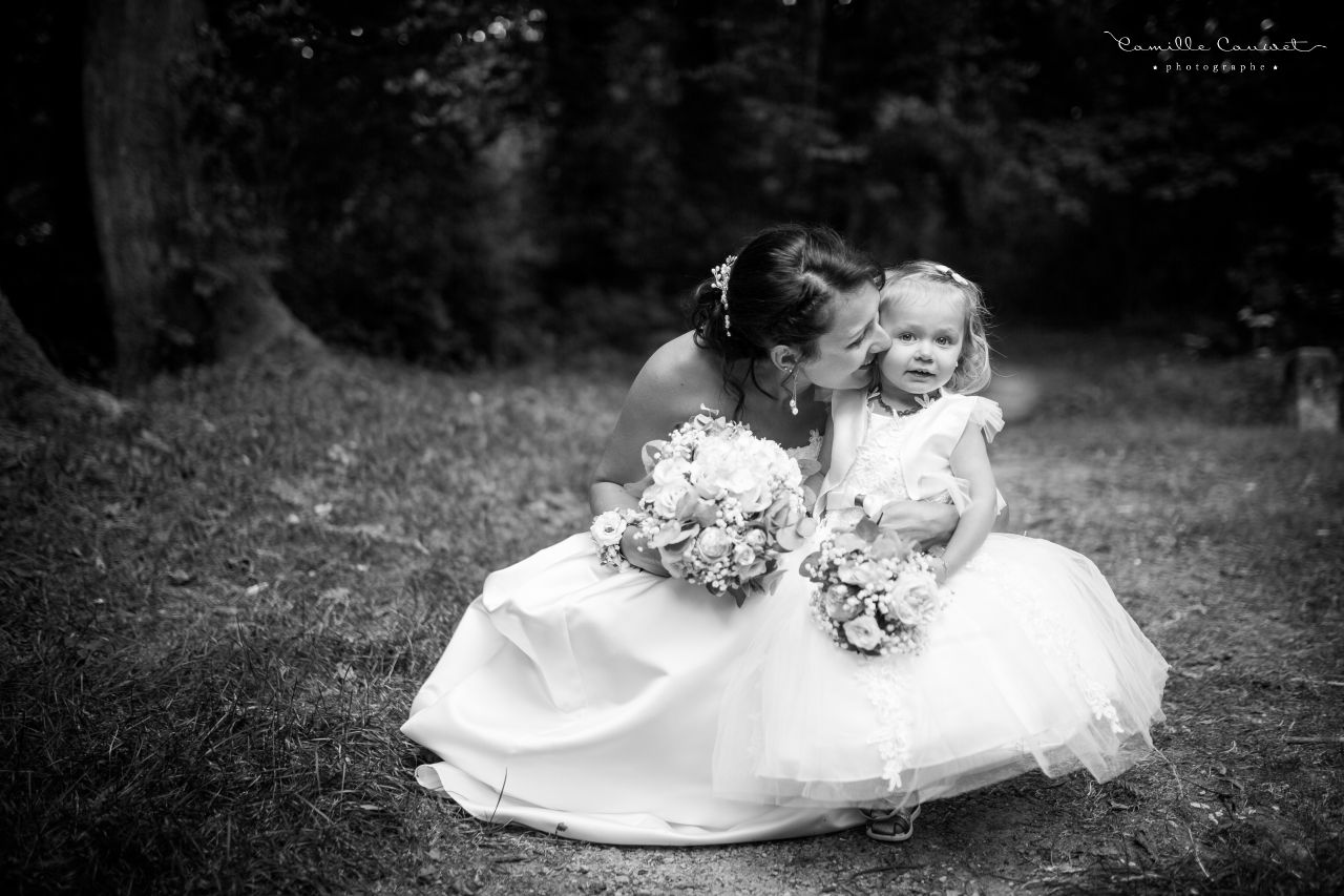 photo mariée fille noir et blanc