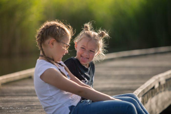 photo de soeurs sur un pont à moissy 77